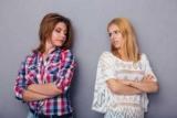 Як посваритися з подругою? Можливі причини розриву відносин