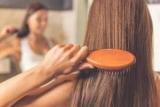 Гребінець для волосся: яка краща? Нюанси вибору
