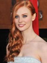 Руді кучеряві волосся (фото). Стрижки на руде волосся різної довжини