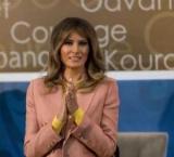 Меланія Трамп в образі від Emilio Pucci самого модного відтінку весни справила фурор!