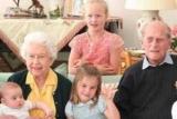 Кейт Миддлтон и принц Уильям поделились новыми семейными снимками в память о принце Филиппе