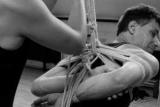 Японське зв'язування. Еротичне мистецтво шибарі: як і навіщо пов'язувати свого партнера?
